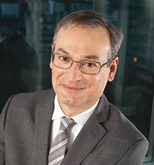 Pascal CHABOT, Membre du directoire en charge du pôle BDR, Organisation et Informatique Caisse Epargne Ile de France